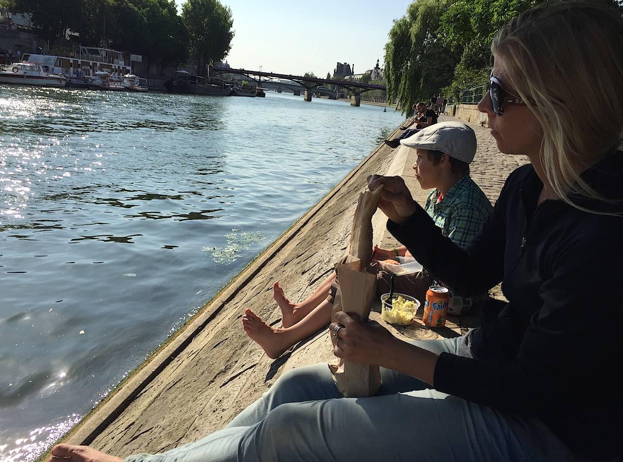 rory-moulton-seine-pont-neuf-paris
