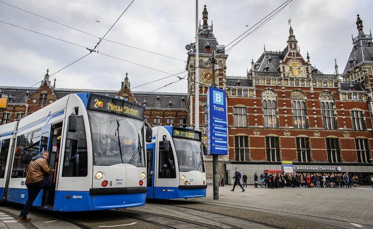 get-around-amsterdam-tram