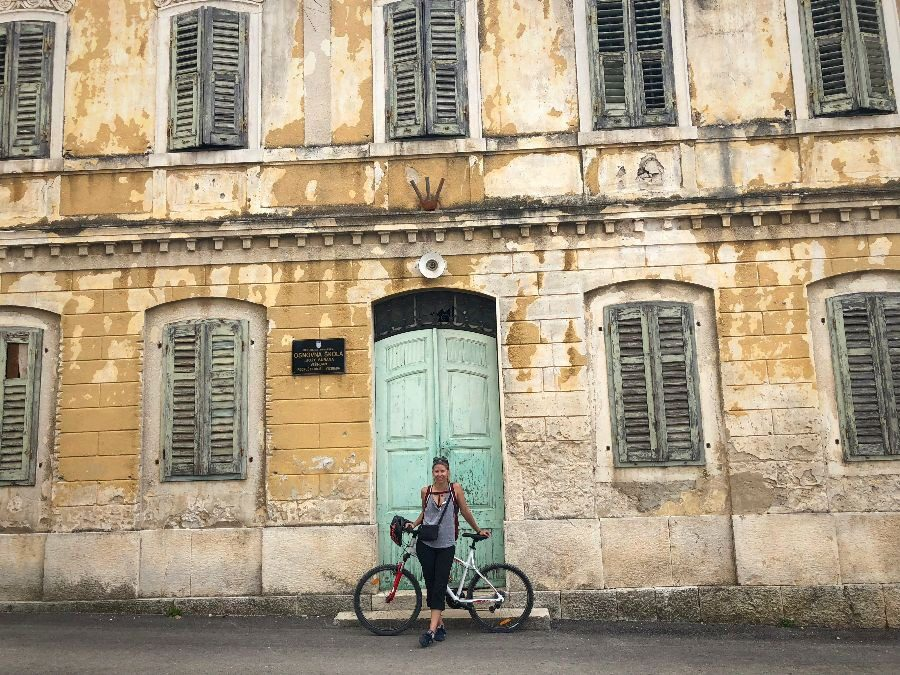 2018 European travel review: Peeling old town Vizinada