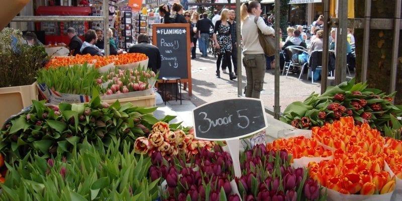 Amsterdam street markets Albert Cuypmarkt